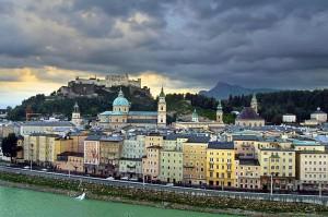 Die österreichische Stadt Salzburg bietet ab dem 1. März Carsharing ausschließlich mit Elektrofahrzeugen.