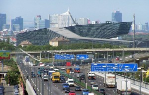 Die österreichische Hauptstadt Wien unterstützt das Carsharing durch weithin sichtbare eigene Parkplätze.