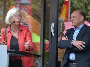 Hochkarätig: Oberbürgermeisterin Gudrun Heute-Bluhm und Landesverkehrsminister Winfried Hermann waren bei der Einweihung der neuen Bikesharing -Station in Lörrach anwesend.