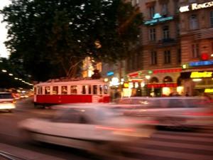 Bewegung in Wien. Mit Easymotion und Zipcar betreten zwei neue Anbieter den Markt für Carsharing.