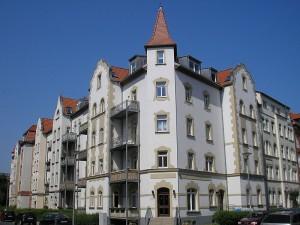 Wird Carsharing bald auch Bestandteil der Wohungsvermietung? Erste Ideen existieren und in Münster und Hamburg wurden sogar schon Wohnungen mit speziellen Carsharing -Konditionen vermietet.
