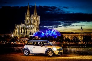DriveNow erweitert sein Carsharing -Angebot und ist künftig auch in Köln zu finden.