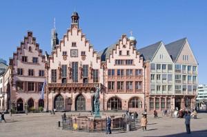 Stellt der städtische Fuhrpark von Frankfurt am Main bald komplett auf Carsharing um? Planungen der schwarz-grünen Regierung gehen in diese Richtung.