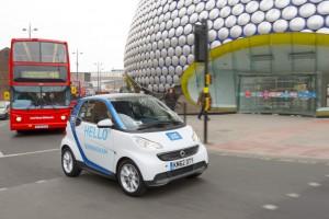 Hello Birmingham. Mit dieser Aufschrift macht Car2Go auf das Carsharing in der britischen Millionenstadt aufmerksam. Nach London handelt es sich nun um den zweiten Standort im Vereinigten Königreich.