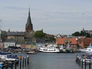 Das Carsharing in Flensburg geht in eine neue Runde. Vor zehn Jahren war das Konzept noch gescheitert.