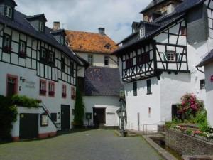 E-ifel Mobil: Das Projekt im nordrhein-westfälischen Blankenheim unterstreicht die Relevanz von Carsharing im ländlichen Raum.