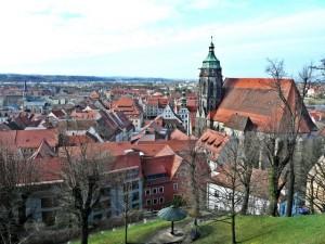 """Carsharing künftig auch in Pirna. In dem """"Tor zur Sächsischen Schweiz"""" ist der Anbieter teilAuto mit zwei Fahrzeugen vertreten."""