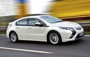 Elektroauto zum Schnäppchenpreis? Das noch nicht, wenngleich der Opel Ampera künftig um 16,5 Prozent günstiger angeboten wird.