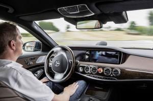 Ist autonomes Fahren auch für das Carsharing zukunftsweisend? Auf der IAA 2013 wurde auch diese Frage diskutiert.
