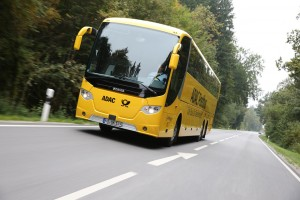 Der Fernbus entwickelt sich zunehmend zur Konkurrenz für die Deutsche Bahn aber auch die Mitfahrzentrale.