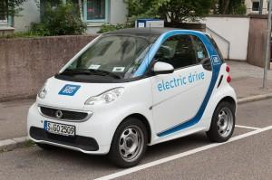 Carsharing bald auch mit autonom fahrenden Smart? Daimler arbeitet derzeit an einem entsprechenden Modellversuch in Kalifornien.