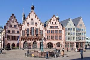 Verkehrsversuch in Frankfurt am Main: das Carsharing soll bald auch Parkscheinzonen und Parkhäuser nutzen dürfen.
