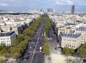 Paris: in der Seinmetropole entwickelt sich das E- Carsharing zu einem Erfolgsmodell