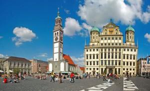 Das Carsharing in Augsburg unternimmt einen Neuanlauf. Dahinter stehen die Stadtwerke, die mit 25 Fahrzeugen starten.