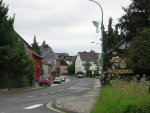 Carsharing im kleinen Eifeldorf: das 1.900-Einwohner zählende Gey setzt fortan auf das Dorfauto.