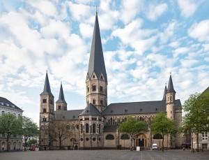 Das Carsharing in Bonn soll künftig durch Anwohnerparkausweise erleichtert werden. Zudem betritt ein neuer Anbieter die Bühne.