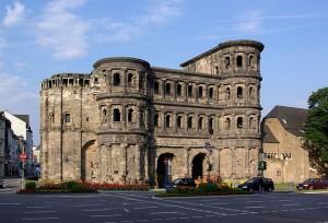Hoher Anspruch an das Carsharing: im rheinland-pfälzischen Trier sollen so die Verkehrsprobleme in der Innenstadt gelöst werden.