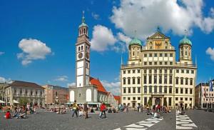 Carsharing in Augsburg boomt. Nach dem Start der Stadtwerke interessieren sich nun auch andere Unternehmen für die 300.000-Einwohner-Stadt.