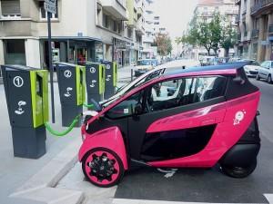 Carsharing als neuer Trend in Japan: vor allem die innovativen Fahrzeuge von Toyota dürften gut ankommen